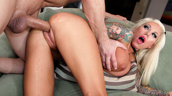 Airerose: Lolly Ink, Blonde Bombshell Lolly Ink Fucks Hard