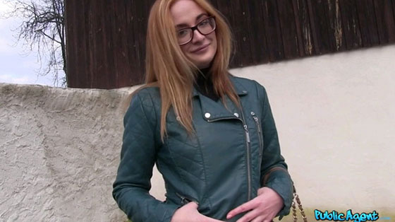 PublicAgent: Eva Berger, Sexy Student Fucking In The Bushes E401