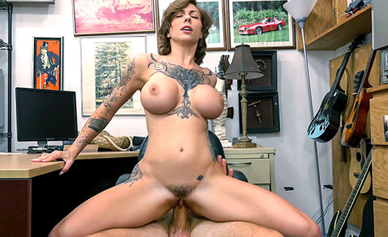 XXXPawn: Harlow Harrison, Tattooed Harlow gets needled and inked